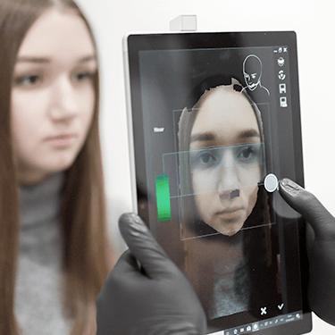 Snap face-scanner